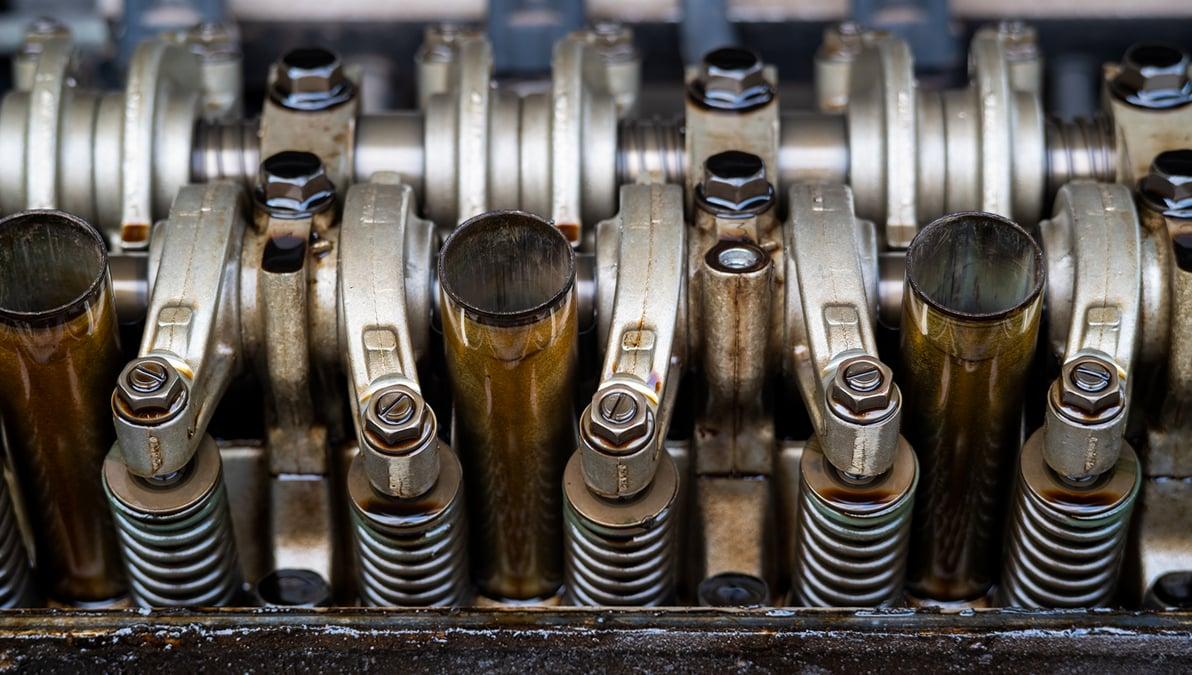 Kjenner du serviceintervallene på motorene i fiskebåten?